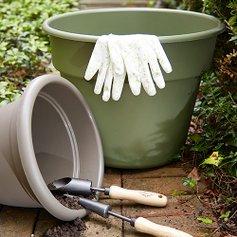 Gardening Gear: Autumn Essentials