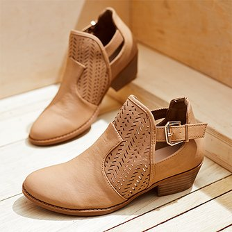 More For BootsSandal And Top Moda WomenZulily n08wkOPX