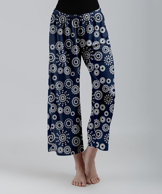780cf4a672e love this product Blue   White Geometric Wide-Leg Capri Pants - Women