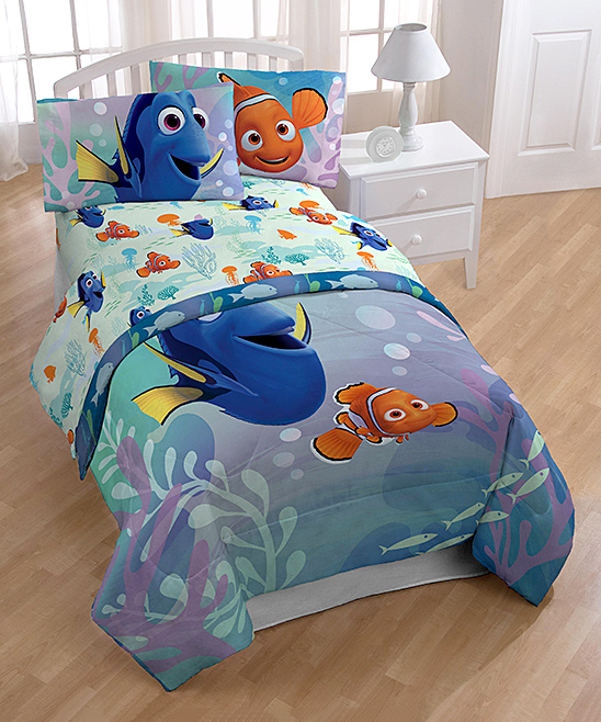 Finding Dory  Fitted Sheets  - Finding Dory Under the Sea Sheet Set Finding Dory Under the Sea Sheet Set. Create an underwater theme for your little one's bedroom with this supersoft Finding Dory sheet set. Includes fitted sheet, flat sheet and pillowcase100% polyester85 GSMMachine wash; tumble dryImported