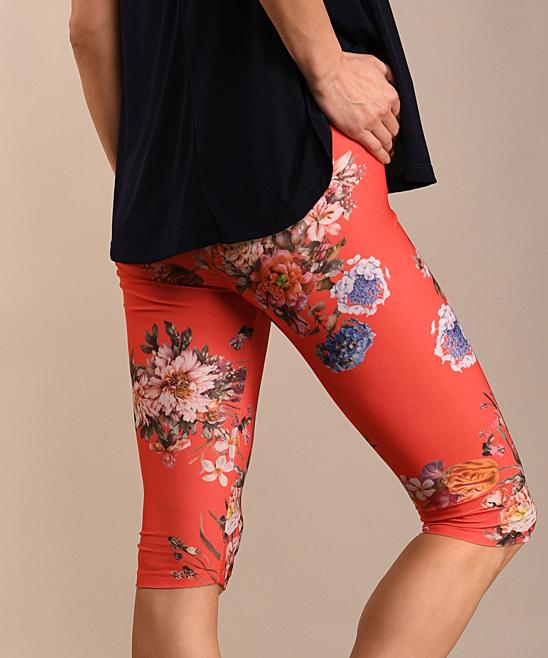 7f2e9b84a591a Lbisse Pink Floral Capri Leggings - Women & Plus   Zulily