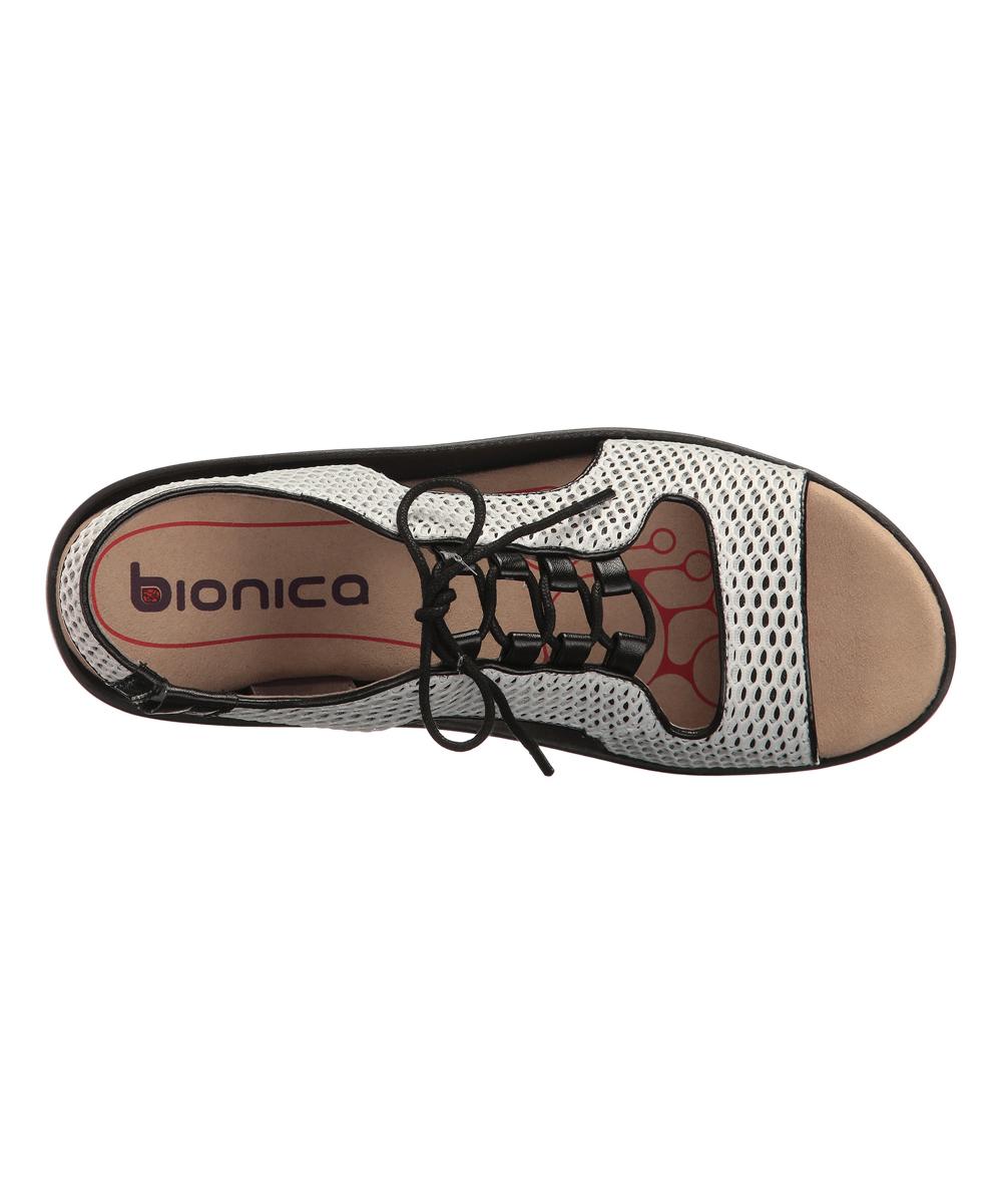 752b186195c5 Bionica by Söfft Black   White Cosmic Sandal