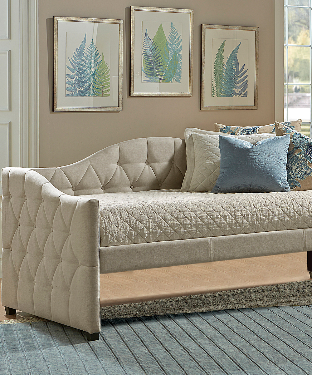 Hillsdale Furniture  Daybeds Beige - Tufted Jamie Daybed