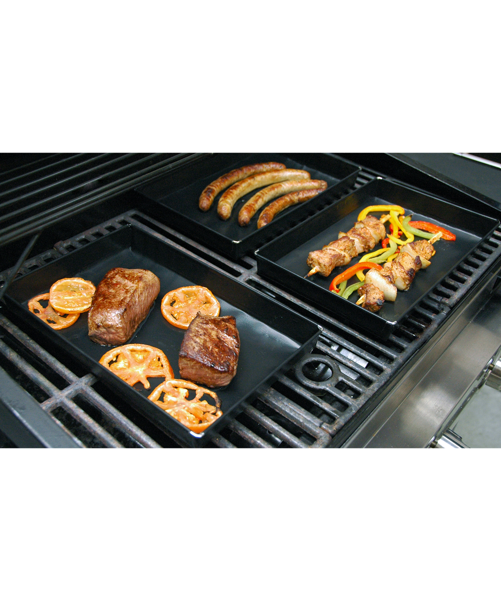 Oven & BBQ Basket Oven & BBQ Basket. Grill or bake veggies and marinated meats with this reusable basket to prevent foods from falling through the grill or spilling in the oven.PTFE / fiberglass / steel Oven-safe to 500 FHand wash Imported