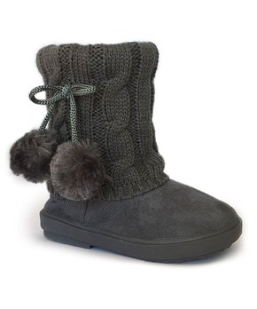 5e053c8c4736 Warm Lined Boots for Petite Feet