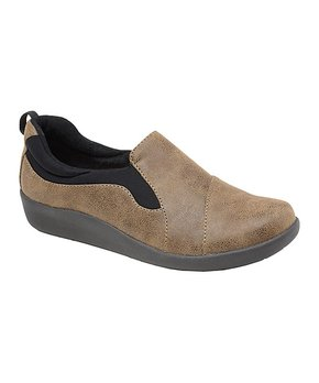 16ea53580a5a4 Cushionaire | Brown Soho Shoe - Women