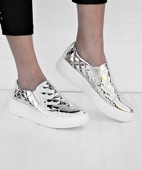 707a2cb5009 Street-Chic Sneakers