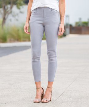 80a53ad4281195 Amaryllis   Heather Gray Crop Faux-Button Pocket Jeggings - Women & P…