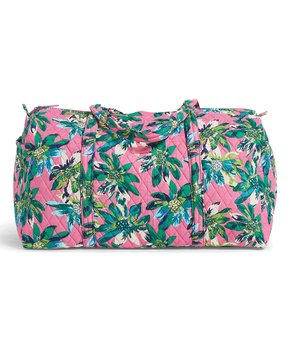 Zulily has some really nice deals on Vera Bradley bags and accessories  today. If you re heading somewhere for Spring Break 125cdfc67051c