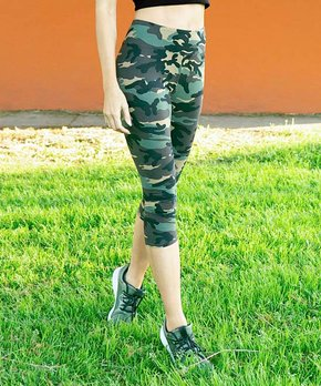 afe92e3fe48de Jupee | Khaki Camo High-Waist Capri Leggings - Women & Plus