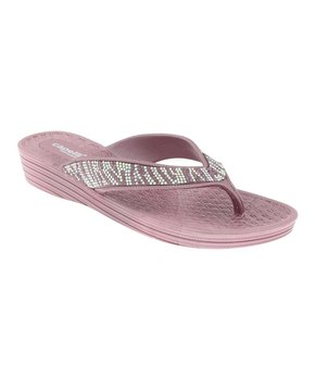 3c3a2ec9b13 Slides   Flip-Flops by the Pool
