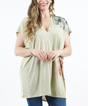 990636a8260 42POPS | Sage Floral V-Neck Short-Sleeve Tunic - Plus