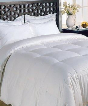 Hotel Grand Collection   White All-Season Classic Microfiber Down Alternative Comforter