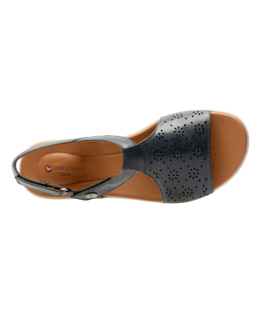 469cc42d87f ... Womens Navy Leather Navy Un Reisel Mae Leather Sandal - Alternate Image  5