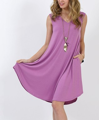 Plus Size Clothing - Leggings, Dresses and More for Women | Zulily