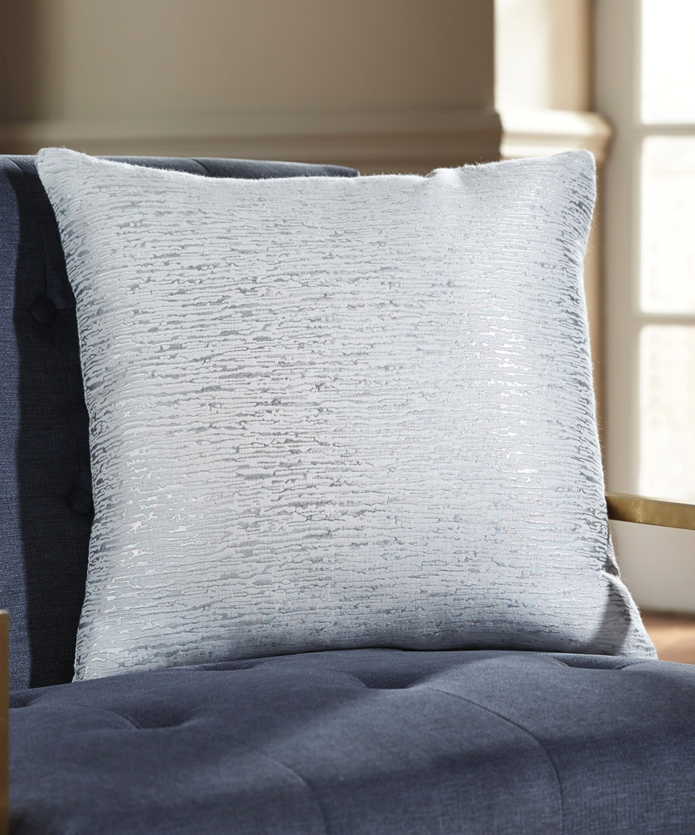Signature Design By Ashley Furniture Off White Silver Tacey Throw