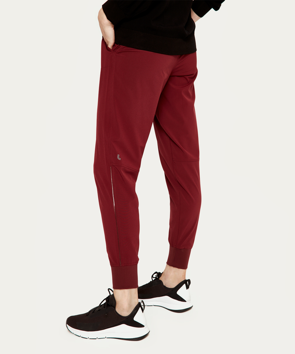 love this product Windsor Wine Olivie Joggers - Women 7bf5d6e1f
