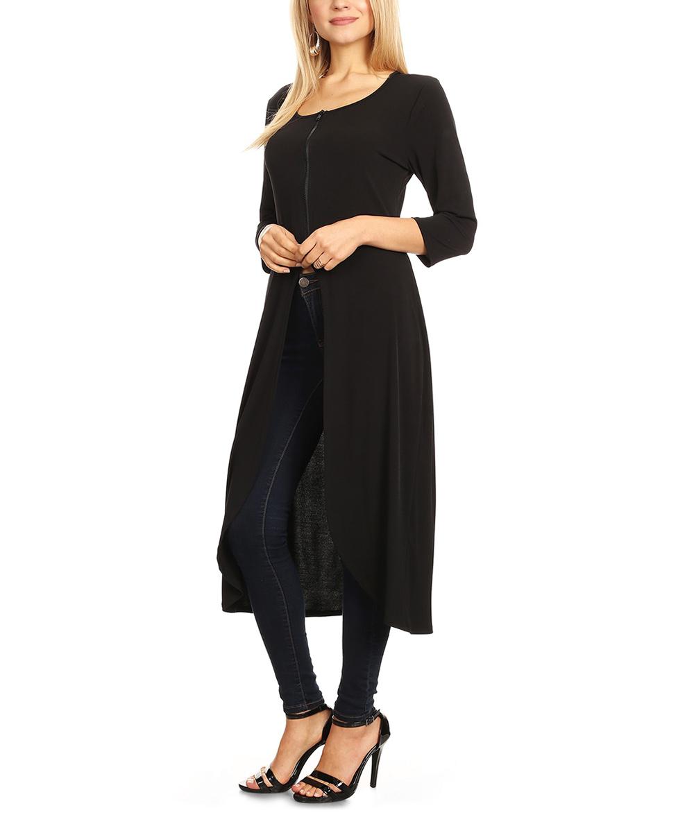 Karen T. Design Women's Blouses BLACK - Black Hi-Low Top - Plus
