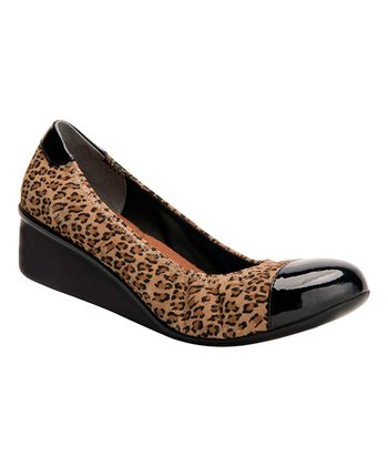 6667d0a465b3 Leopard Stretch Elizabeth Wedge - Women