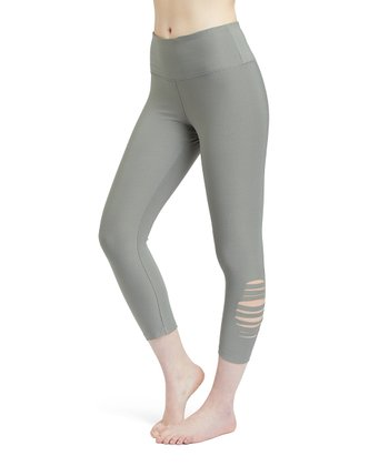 1950a2c1b0 New Olive Laser Cut-Accent Pocket Capri Leggings - Women