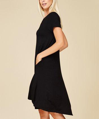 42494984169 Black Short-Sleeve Shift Dress - Women