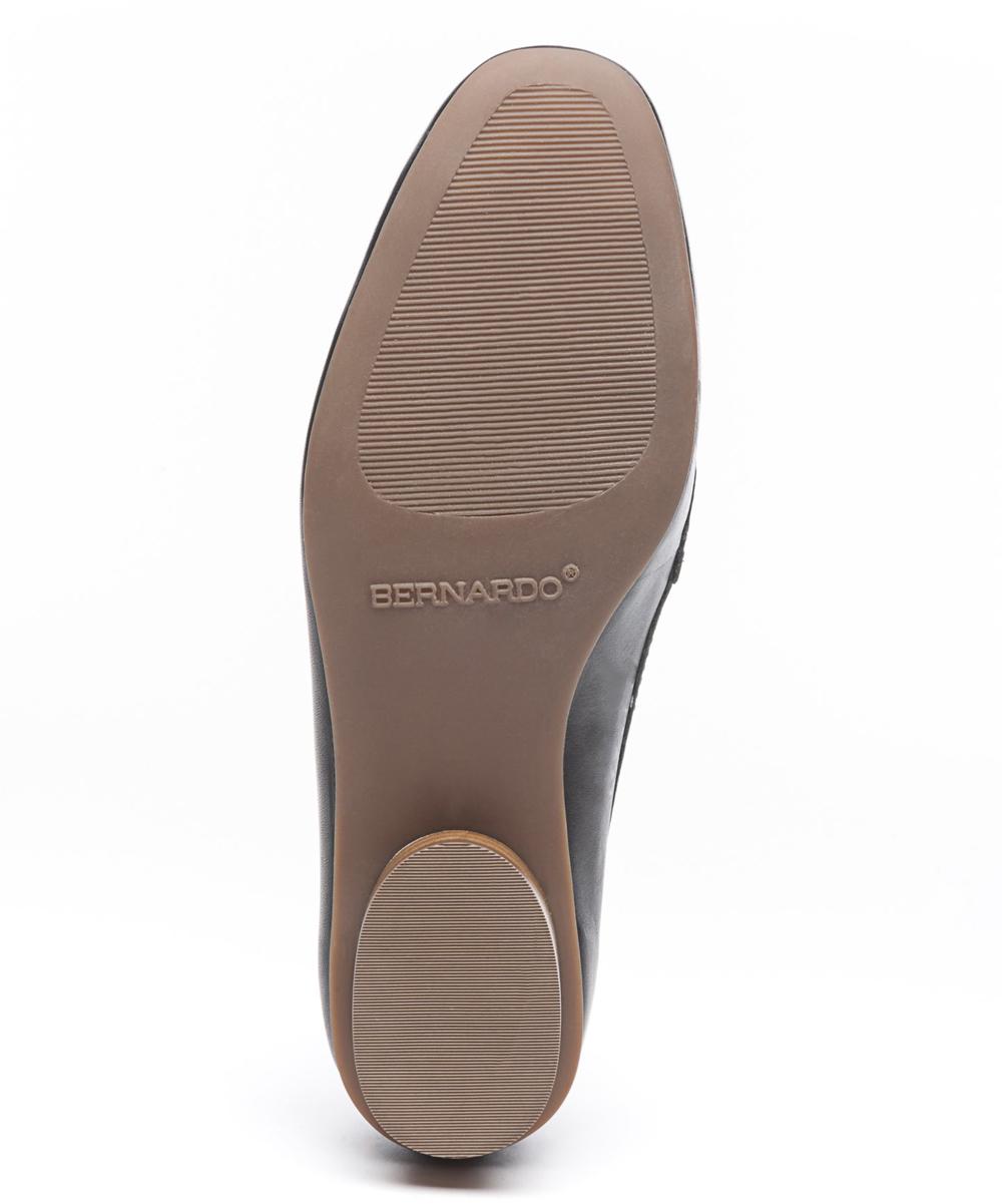 38499a4a065 Bernardo Black Jaden Leather Loafer - Women