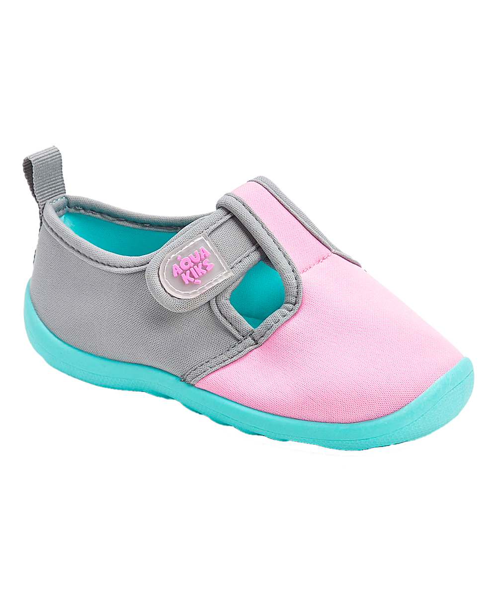 f0aaef9e9d21 AquaKiks Pink   Aqua Water Shoes - Girls