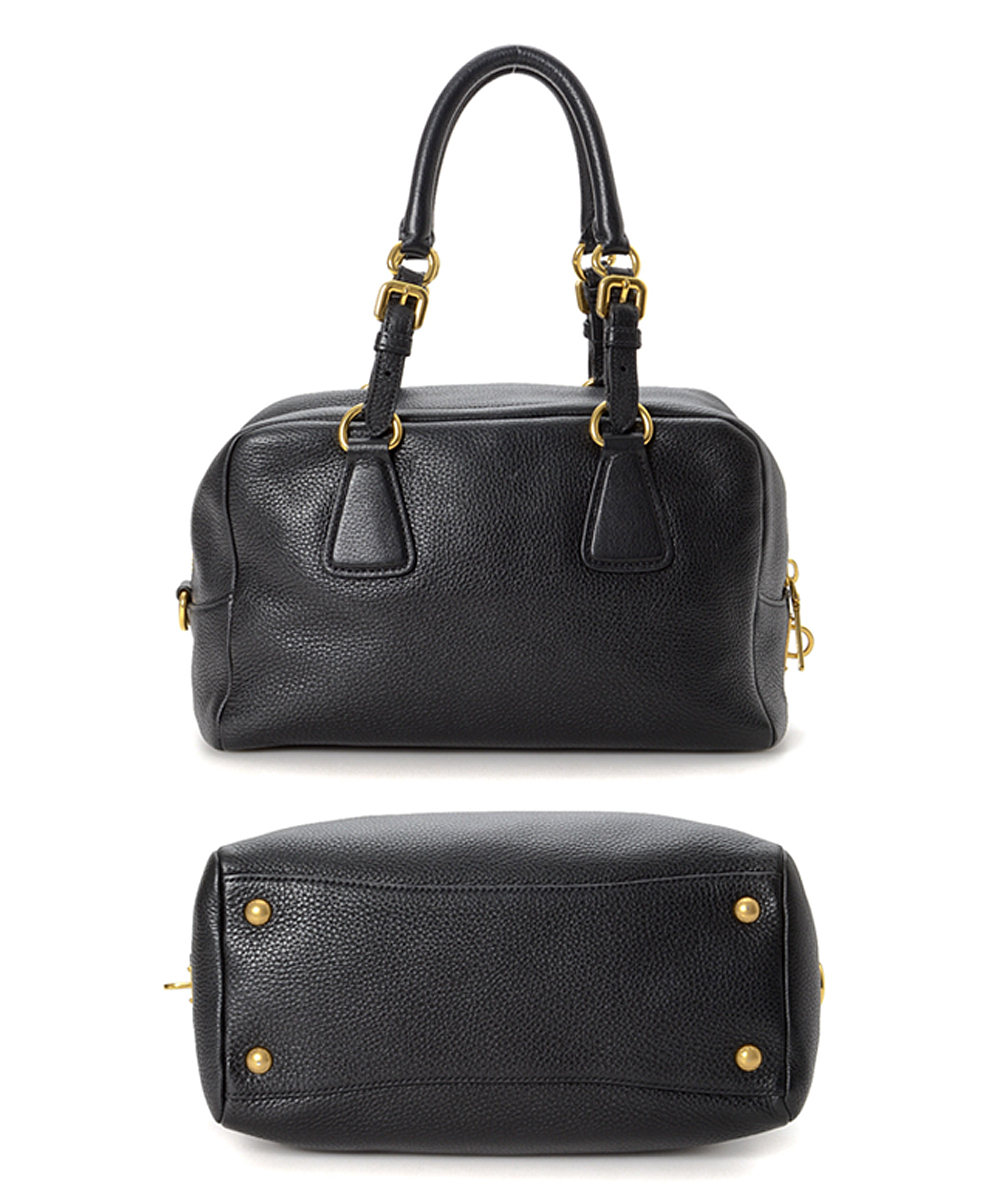 d7f7f397d2220e love this product Pre-Owned Black Vitello Daino Leather Satchel