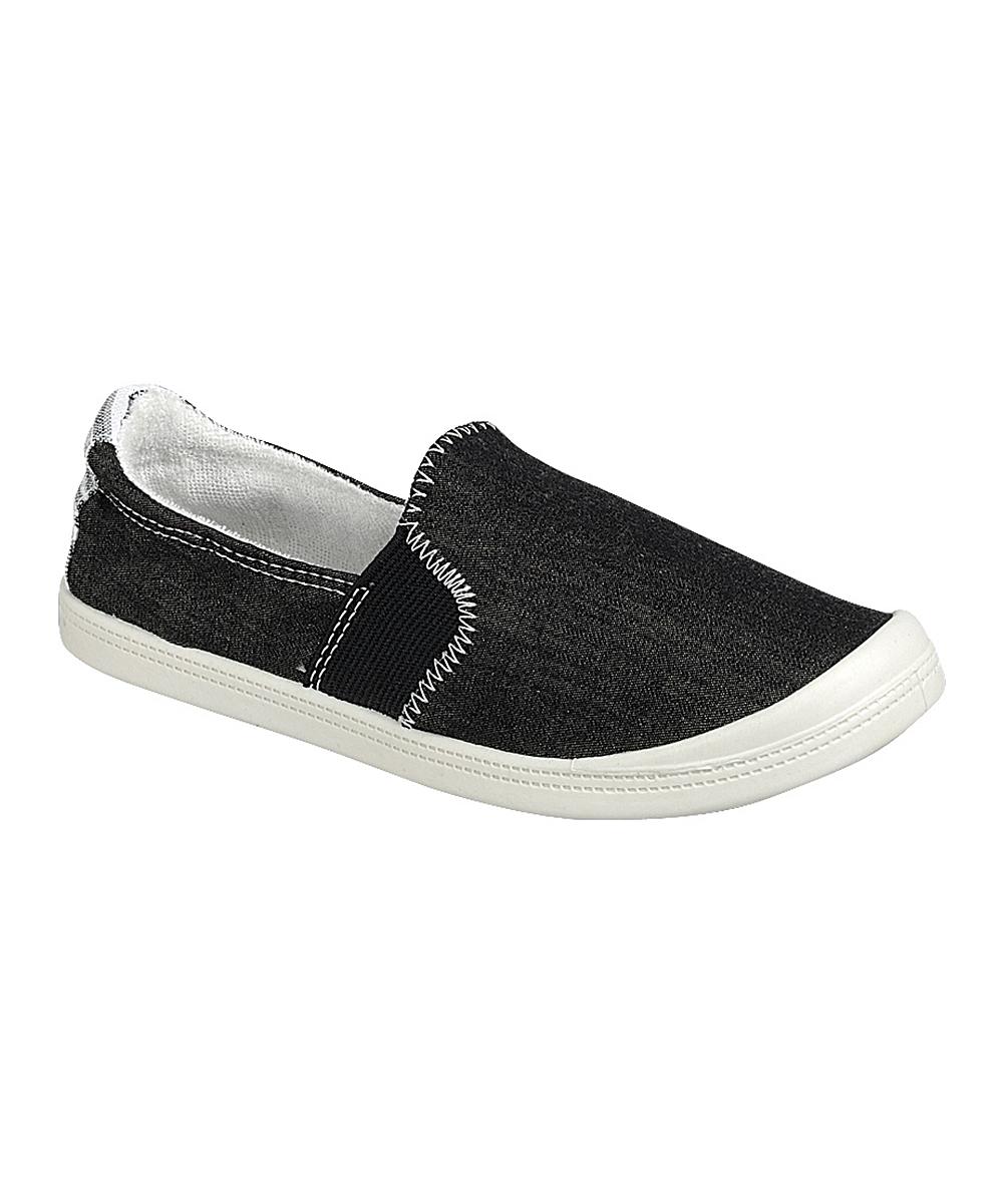 Forever Link Shoes Women's Sneakers BLACK - Black Comfort Slip-On Sneaker - Women