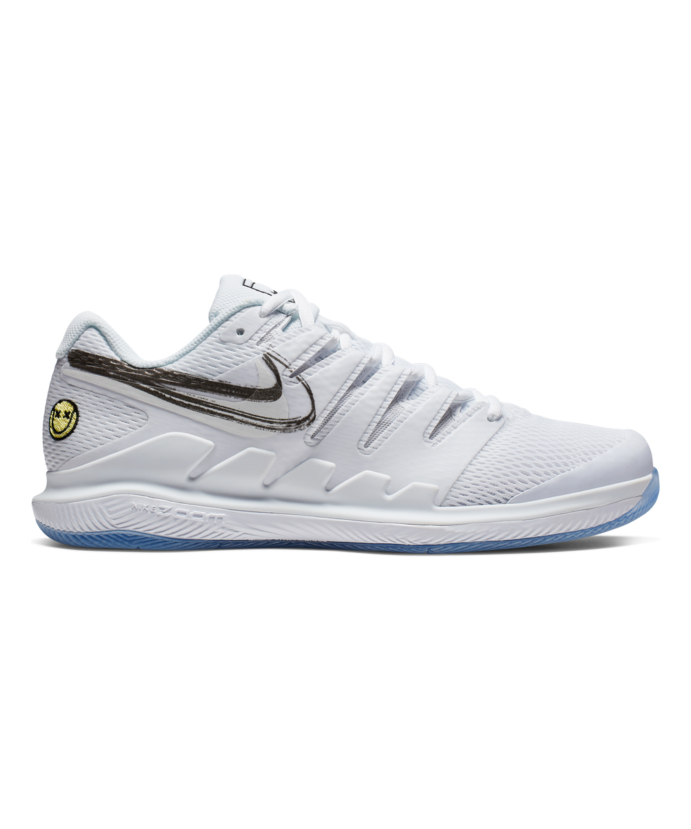 Nike Men's Sneakers White/Metallic - White & Metallic Summit White Zoom Vapor X Hard Court Tennis Shoe - Men