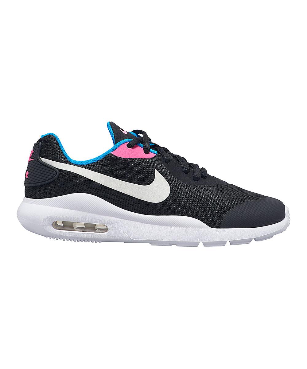 Nike Boys' Sneakers Black/White - Black & Photo Blue Air Max Oketo Sneaker - Boys
