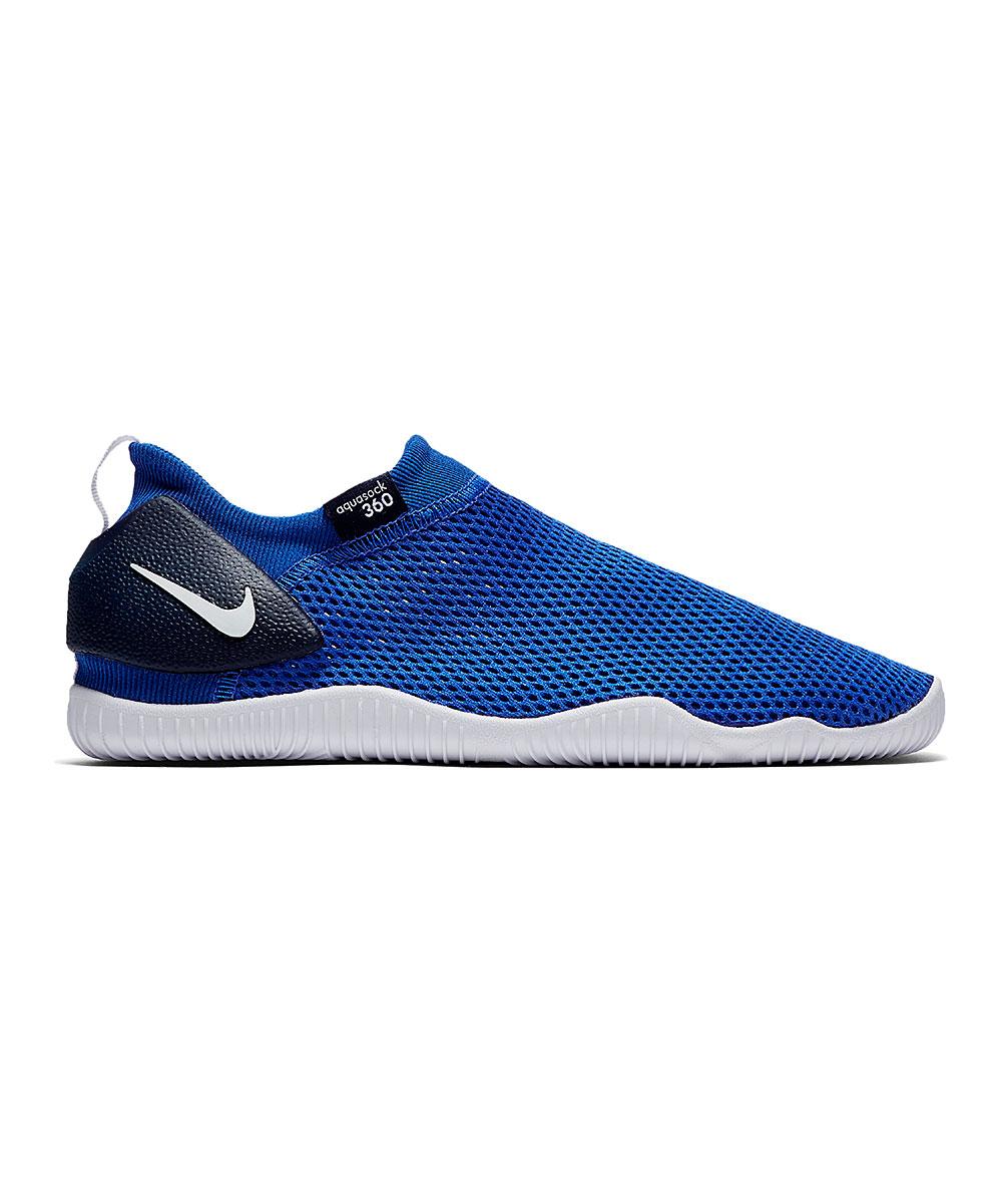 Nike Boys' Water shoes Game - Game Royal & White Aqua Sock 360 Water Shoe - Boys