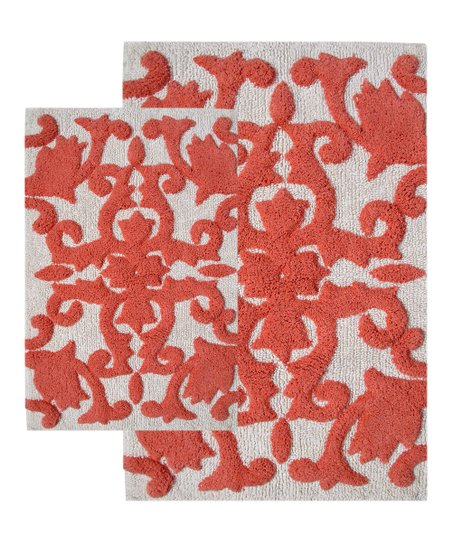 White C Iron Gate Bath Rug Set