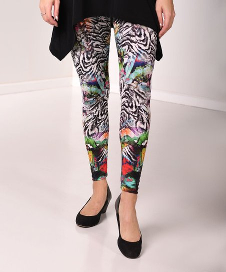 f82f32e9860331 Lbisse Black & White Abstract Print Leggings - Plus | Zulily