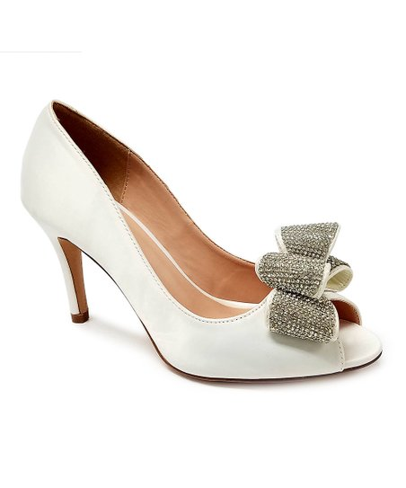 53bb72cbc love this product White Satin Bow-Accent Jolie Pump