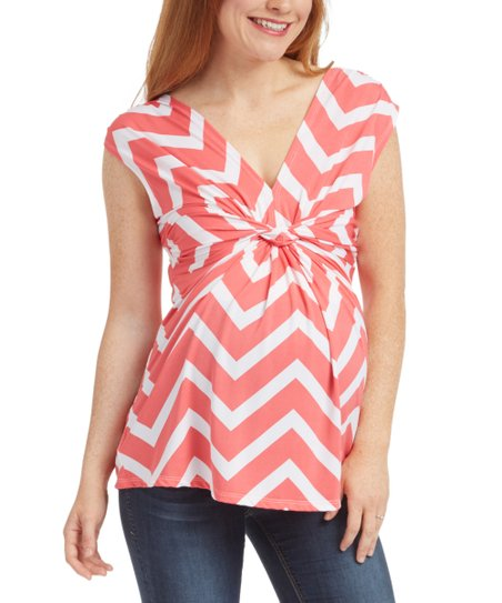 cdd0618e53166 love this product Red & White Zigzag Front-Knot Maternity V-Neck Top