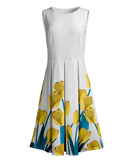 Lily White   Yellow Floral Pleated Sleeveless Dress 399bec09f