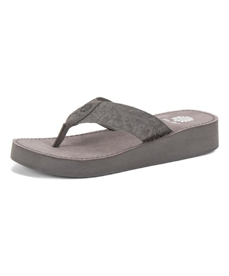 acdc25d8a Yellow Box Shoes Gray Rinni Leather Sandal - Women