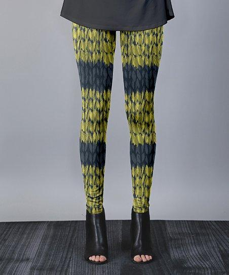 6dfa641e03a5e love this product Yellow & Navy Chevron-Stripe Leggings - Women & Plus