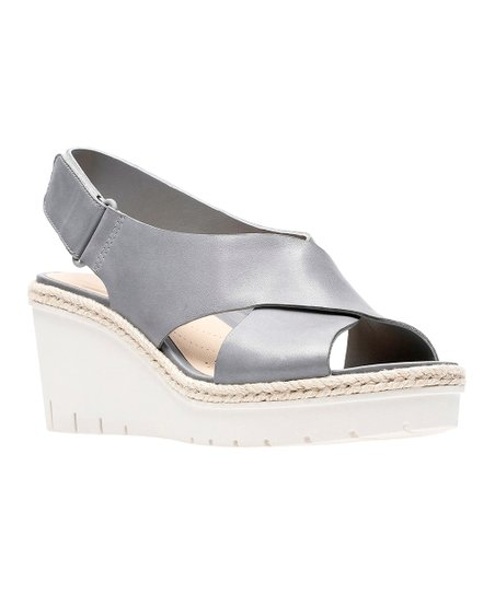 439e16d6291 Clarks Gray Palm Glow Leather Sandal - Women