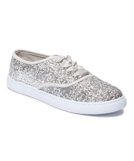 e585544e5ec9 Ositos Shoes Silver Glitter Sneaker - Women | Zulily