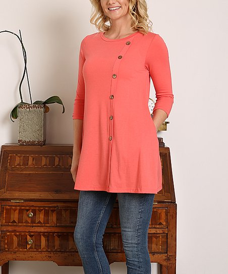 f392537f340b11 love this product Coral Button-Accent Three-Quarter Sleeve Tunic - Women