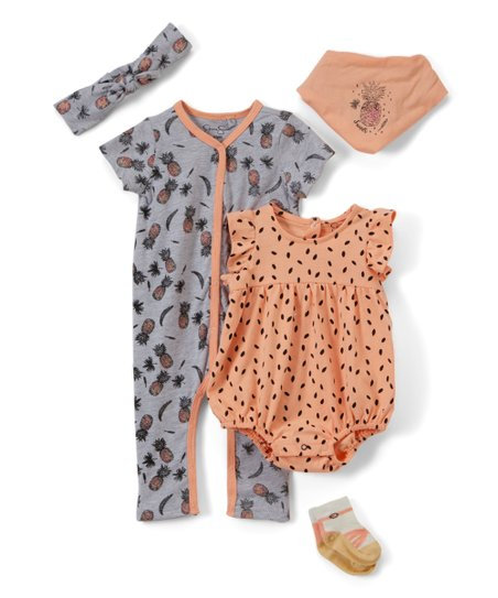 b63508b11 Jessica Simpson Collection Heather Gray Pineapple Five-Piece Layette ...