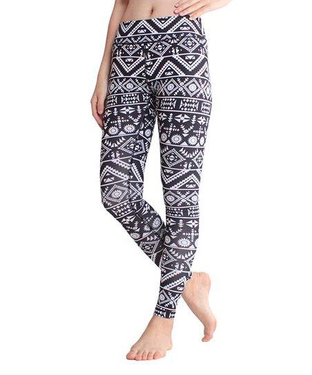c72ec8d6d0c62 CLOZZ.U Black & White Geometric Tummy Control Leggings - Women | Zulily