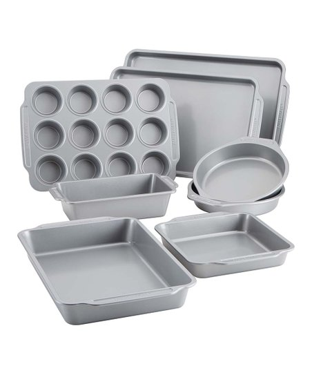 Eight-Piece Nonstick Bakeware Set