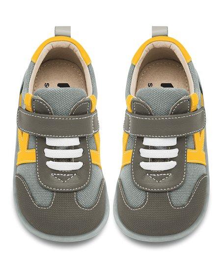 See Kai Run Gray Leather Leonardo Sneaker  2b9f005e0